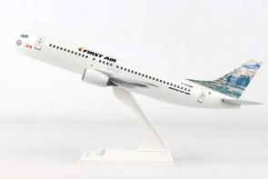 First Air 737-400 Canada Reg# C-FFNM Iceberg Tail Skymarks SKR905 1:130