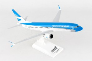 Aerolineas Boeing 737-Max8 w/stand Skymarks SKR953 scale 1:130