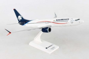 AeroMexico Boeing 737-Max8 stand, new engines & Scimitars Skymarks SKR958 scale 1:130