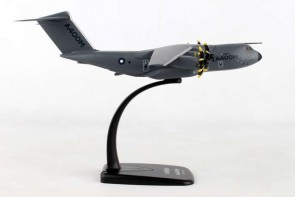 Airbus A400M Atlas Airbus Military transport Skymarks SKRLM38 scale 1:200