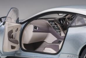 Skyfall Silver Aston Martin DB11 AUTOart 70267 die-cast scale 1:18