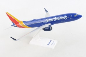 Southwest Boeing 737-800 N8706W Skymarks Lite SKR4002 Scale 1:200