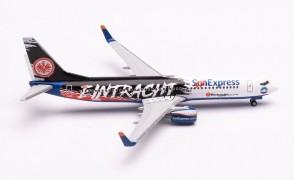 """Sun Express Boeing 737-800 """"Eintracht Frankfurt SGE Express"""" TC-SPC Herpa Wings 535236 scale 1:500"""