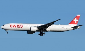 Swiss International Air Lines Boeing 777-300ER HB-JNB with stand Aviation400 AV4109 scale 1:400