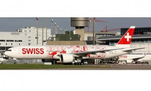 """Swiss International Boeing 777-300ER HB-JNA """"People's Plane"""" with stand Aviation400 AV4108 scale 1:400"""
