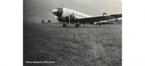Swissair Douglas DC-3  HB-IRO neutrality color scheme Herpa 570558 scale 1:200