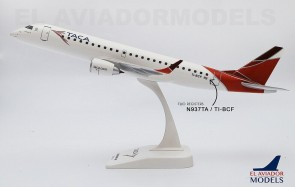 TACA new livery Embraer ERJ-190 N937TA with stand El Aviador TAI10E190P01 snap fit model scale 1:100
