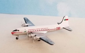 TAP Air Portugal Douglas DC-4 CS-TSC Aero Classics AC419855 diecast scale 1:400