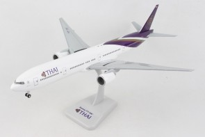Thai Boeing 777-300 HS-TKF with stand & gears Hogan HG10475G scale 1:200
