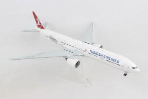 "Turkish Airlines Boeing 777-300 TC-LJB ""Ayasofya"" Herpa 559379 scale 1:200"