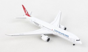 "Turkish Airlines Boeing 787-9 TC-LLA ""Maçka"" Dreamliner Herpa 534055 scale 1:500"