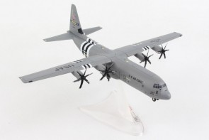 USAF C-130J Super Hercules Lockheed Martin D-Day Heritage Flight Little Rock AFB Herpa 570541 scale 1:200
