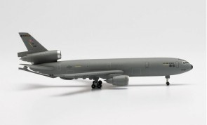 USAF McDonnell Douglas KC-10 Extender (DC-10) 84-0188 2nd Air Refueling Squadron 305TH Air Mobility Wing Mcguire Air Base Herpa Wings 535243 scale 1:500