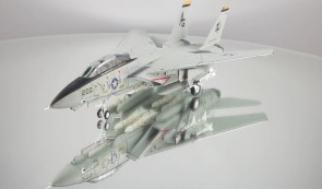 USN F-14 A Tomcat VF-142 Ghostriders AG200 USS Dwight D. Die-Cast CL-CA721407-C (clean) scale 1:72