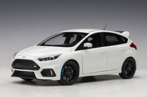 White Ford Focus RS 2016 Frozen White AUTOart 72951 die-cast model scale 1:18