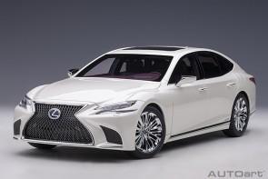 White Lexus LC500h Sonic White Metallic/Crimson & Black Interior AUTOart 78866 scale 1:18